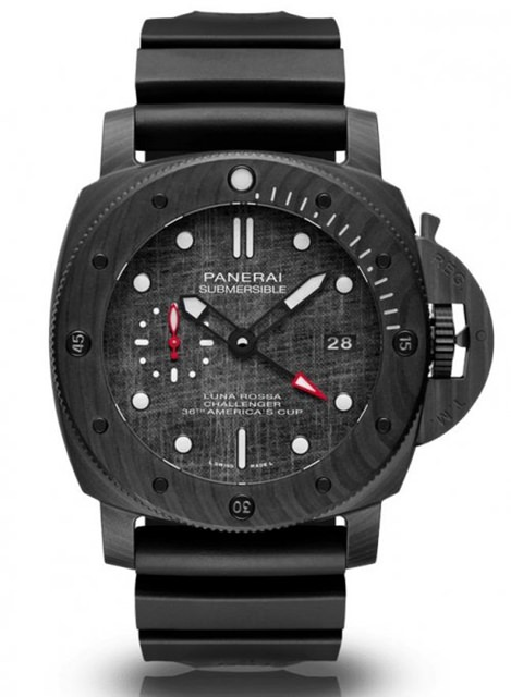Panerai Submersible 沛纳海潜行者系列腕表 Luna Rossa